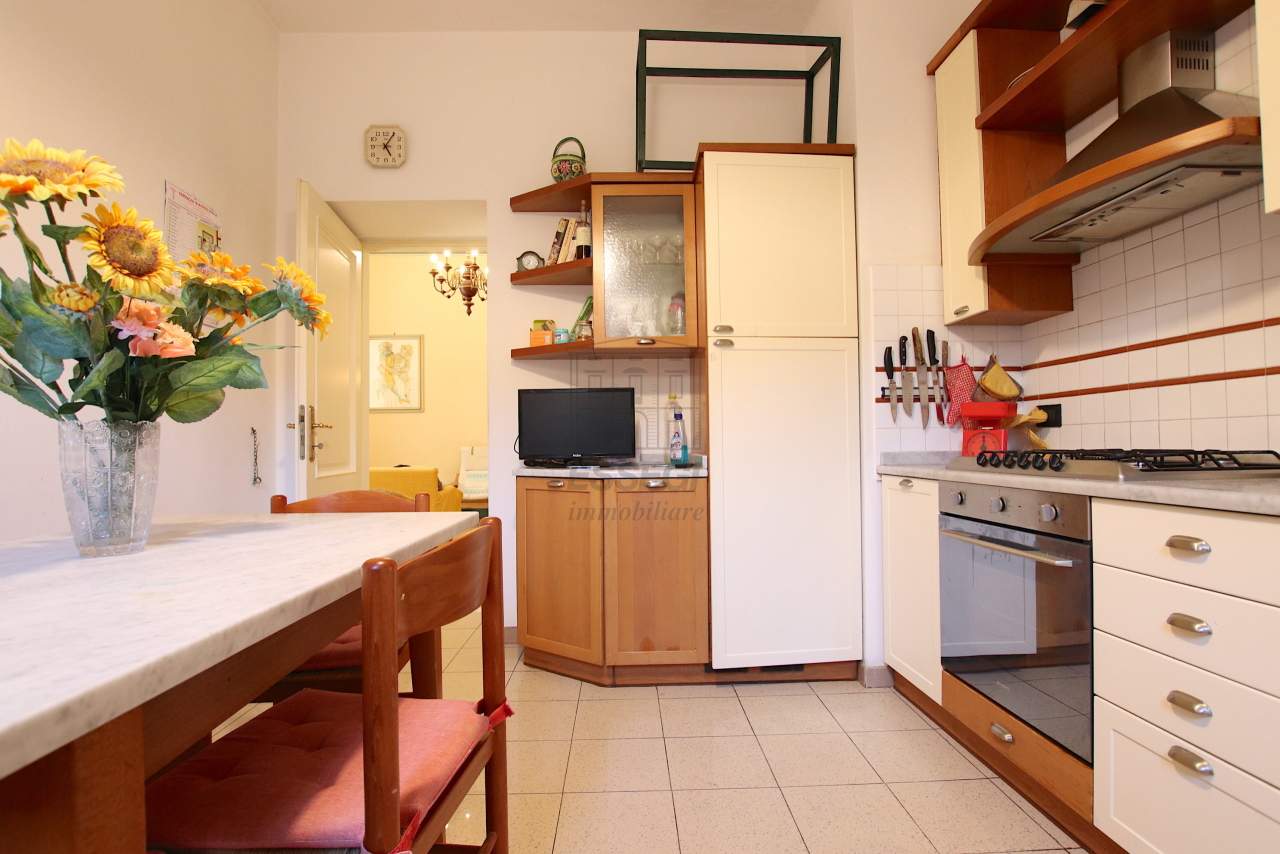 Appartamento Lucca Centro storico IA03526 img 8