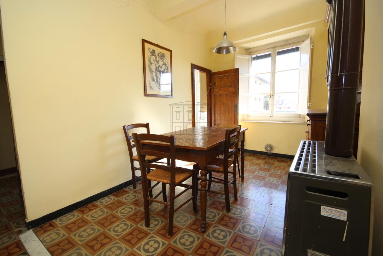 Appartamento Lucca Centro storico IA01549 img 12