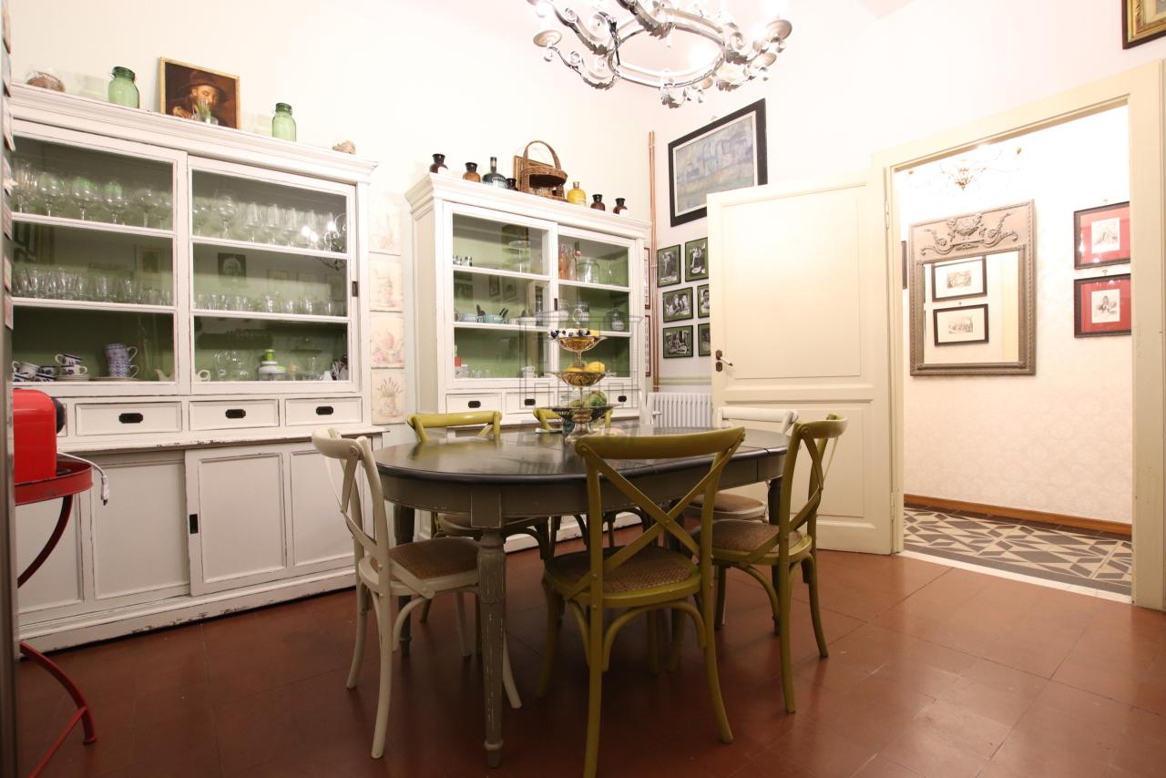 Appartamento Lucca Centro storico IA02975 img 4