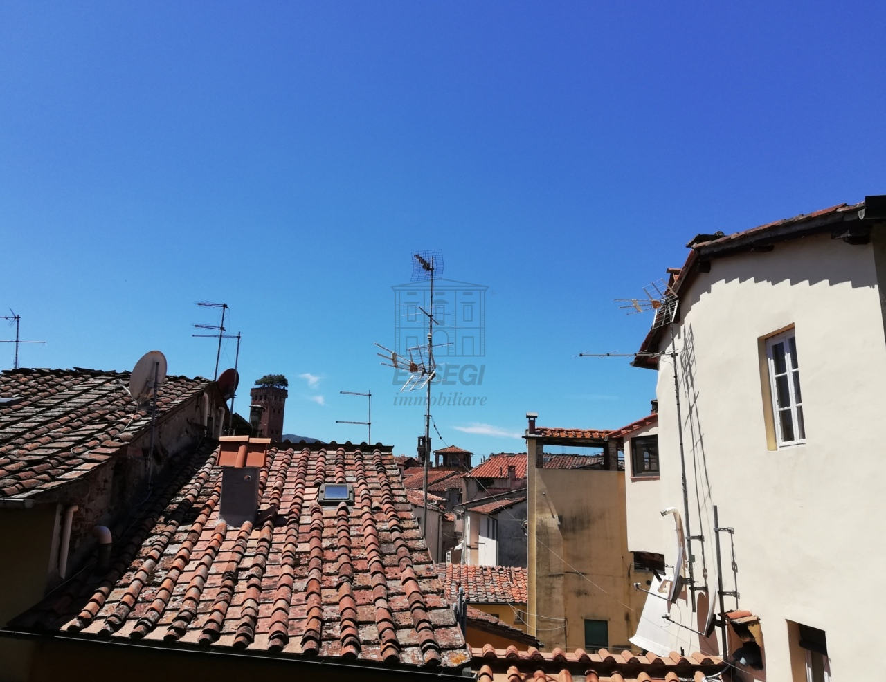 Appartamento Lucca Centro storico IA01844 img 23