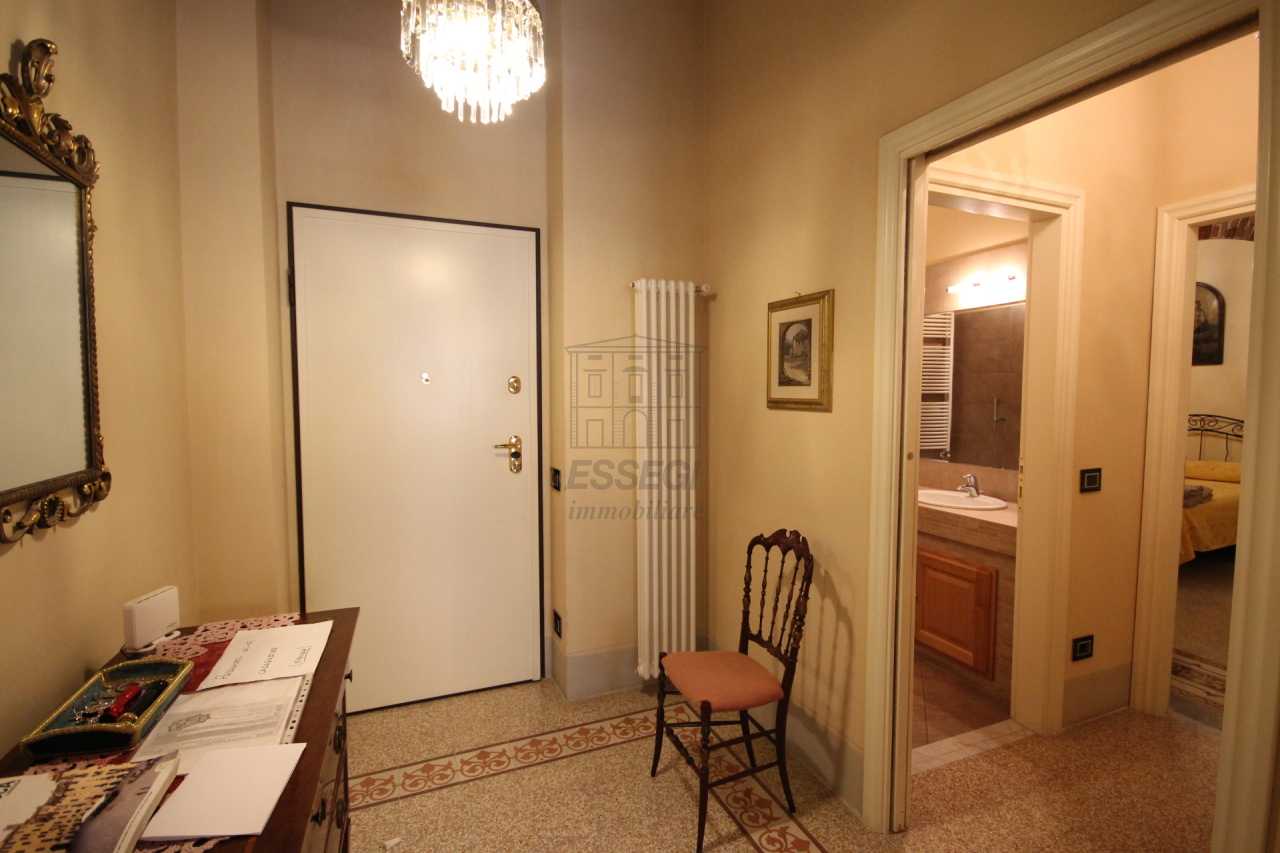 Appartamento Lucca Centro storico IA02785 img 9