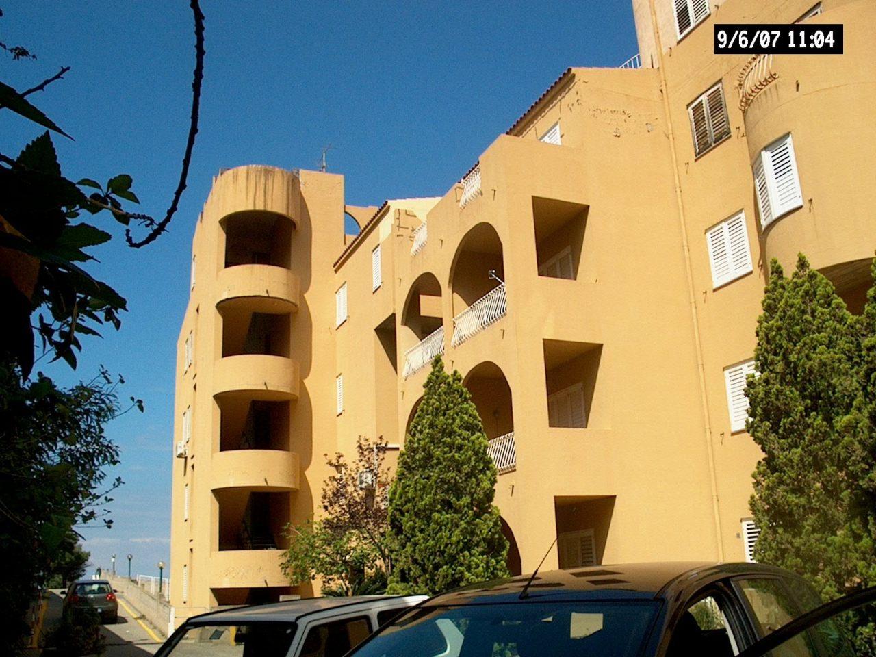Appartamento in vendita a Reggio Calabria, 2 locali, prezzo € 30.000   CambioCasa.it