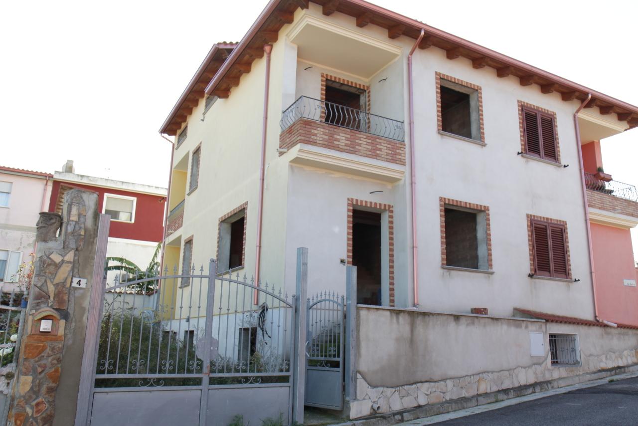 Villa in vendita a Ussana, 4 locali, prezzo € 195.000   CambioCasa.it