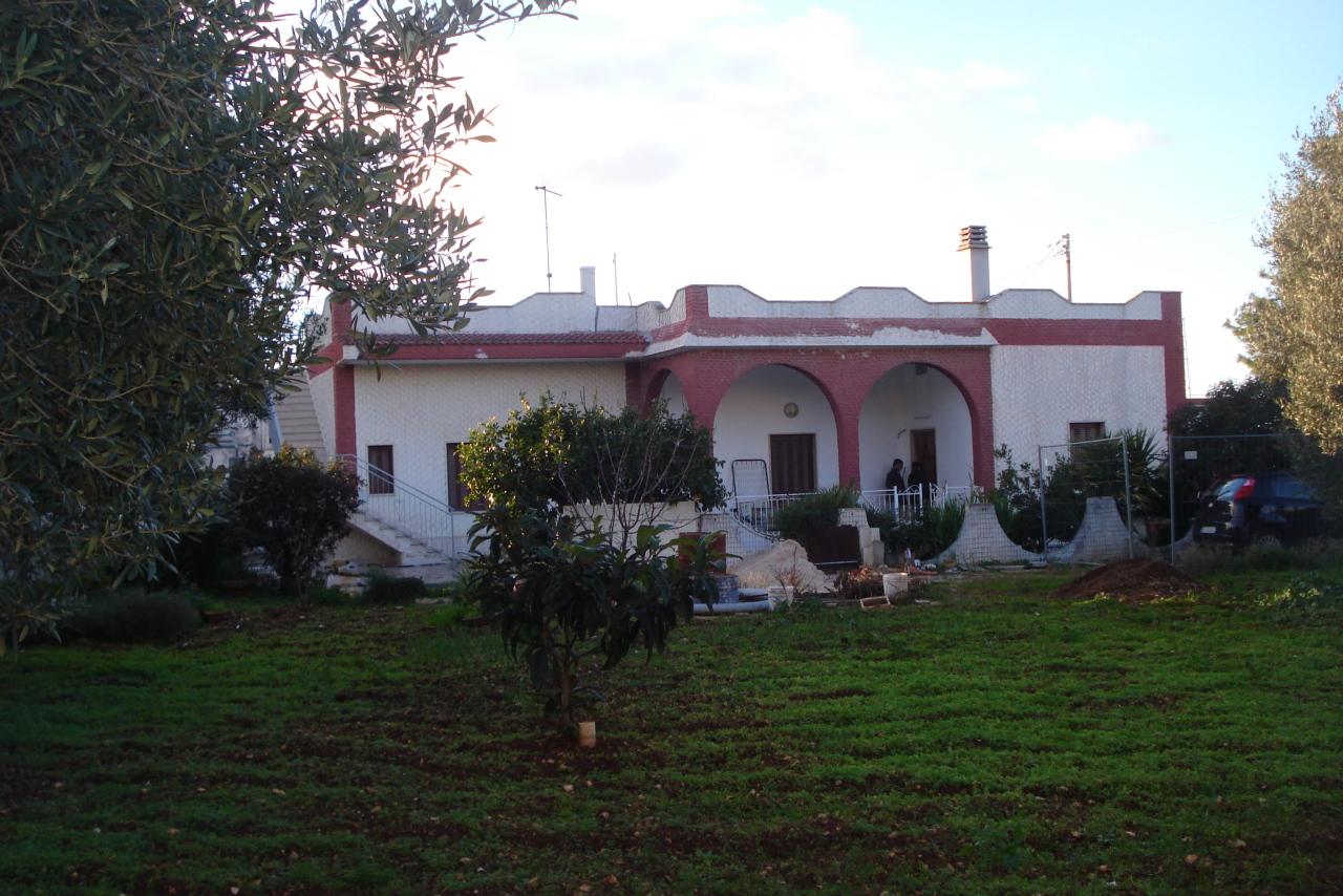 Casa Indipendente in discrete condizioni in vendita Rif. 10297836