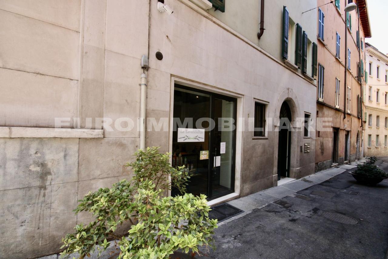 Negozio / Locale in affitto a Brescia, 1 locali, prezzo € 780   CambioCasa.it