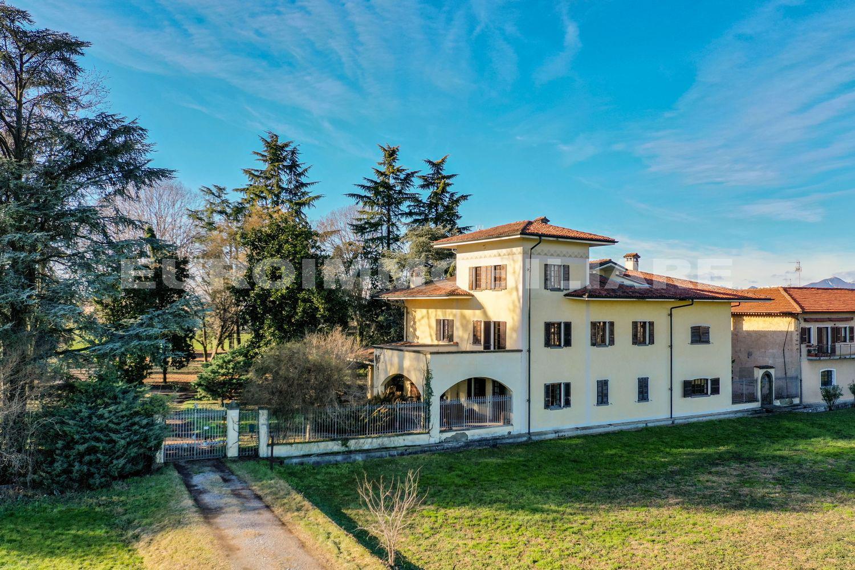 Villa a Chiari