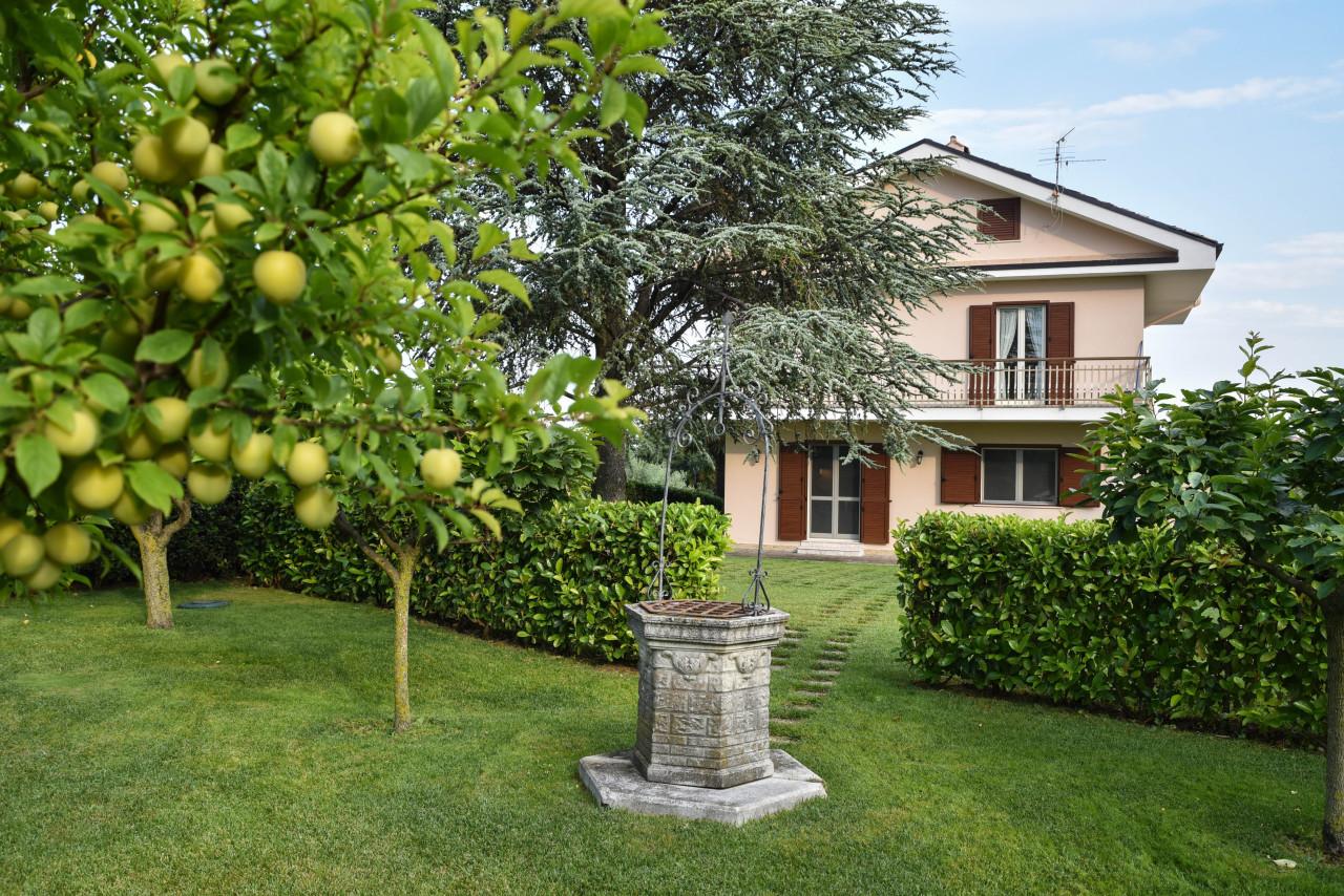 Casa indipendente - Casa singola a Ortona