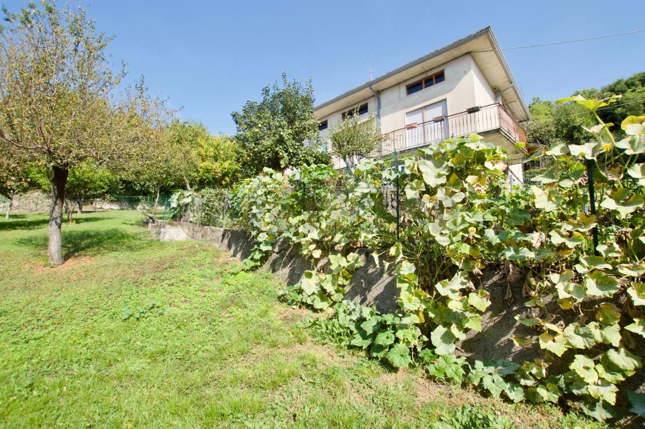 Casa Indipendente in discrete condizioni in vendita Rif. 11230091