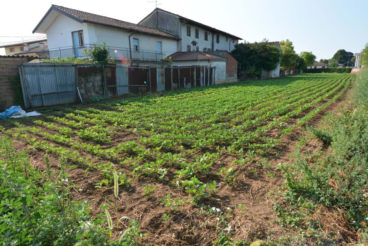 Terreno Agricolo in vendita a Pozzuolo del Friuli, 1 locali, prezzo € 29.000 | CambioCasa.it