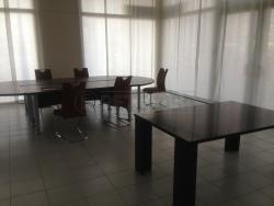 Ufficio in Affitto a Venezia, zona Mestre, 1'400€, 260 m²