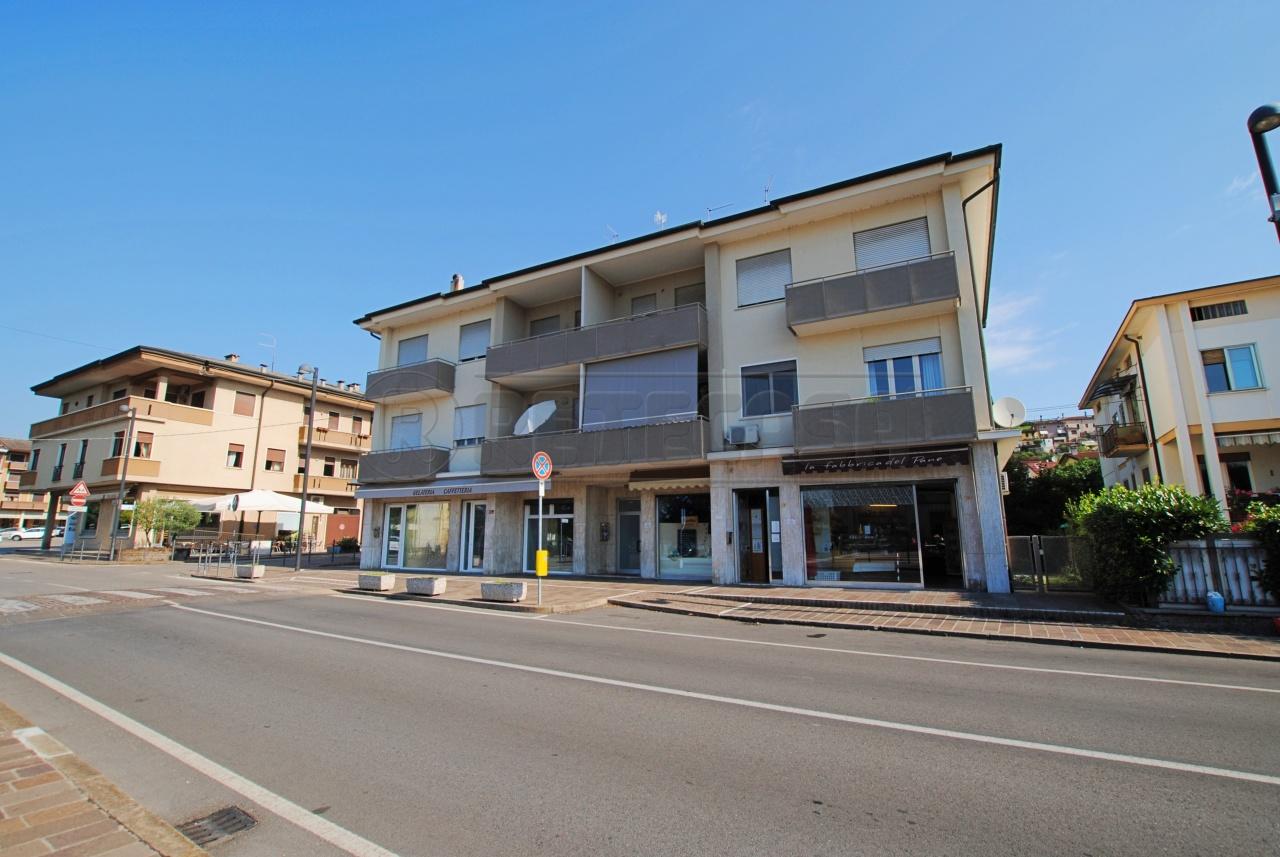 Appartamento in vendita a Trissino, 6 locali, prezzo € 130.000 | PortaleAgenzieImmobiliari.it