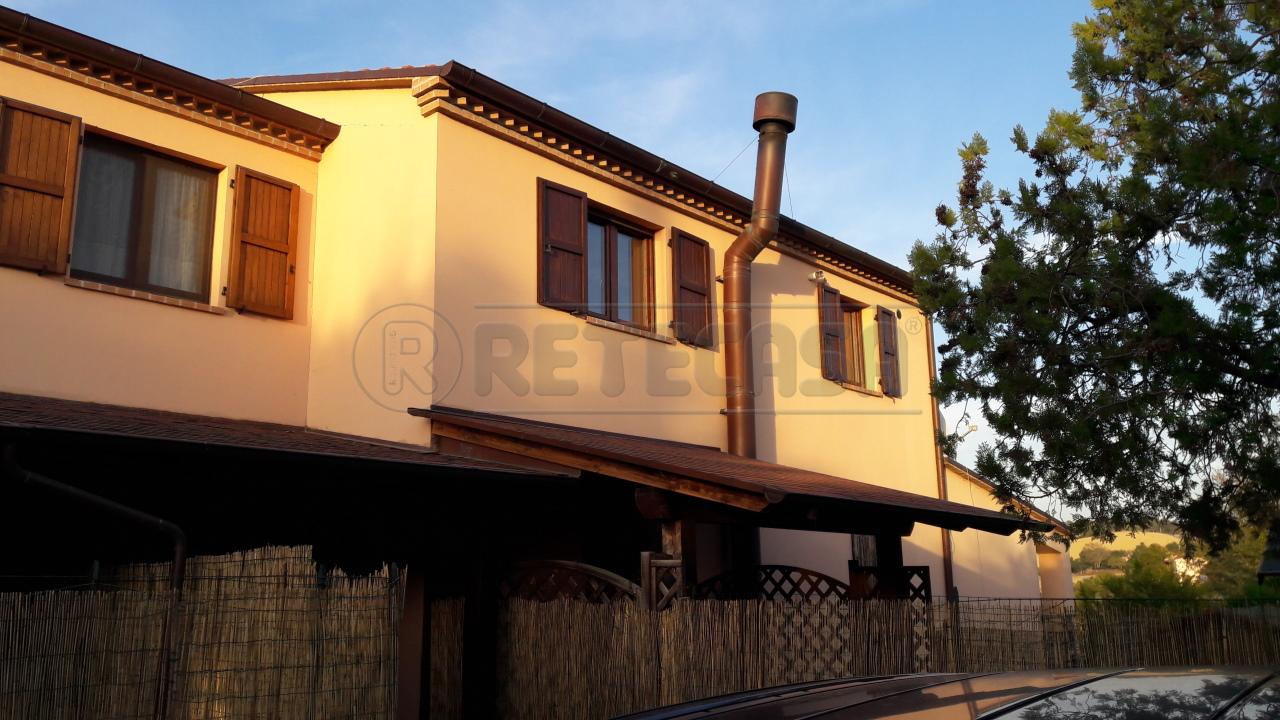 Bilocale in ottime condizioni in vendita Rif. 8463236