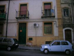 Quadrilocale in Vendita a Caltanissetta, zona CENTRO, 15'000€,