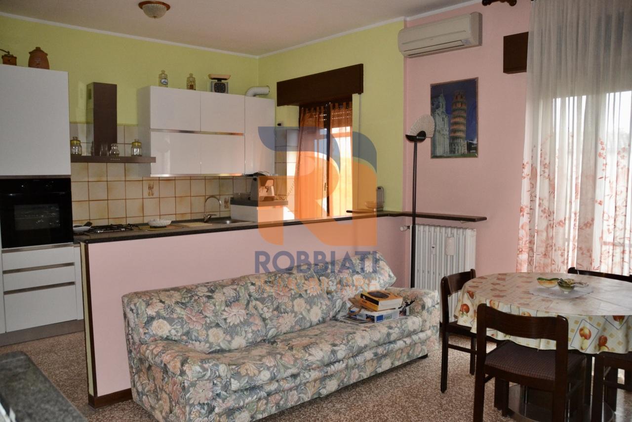 Appartamento in vendita a Carbonara al Ticino, 3 locali, prezzo € 48.000   PortaleAgenzieImmobiliari.it