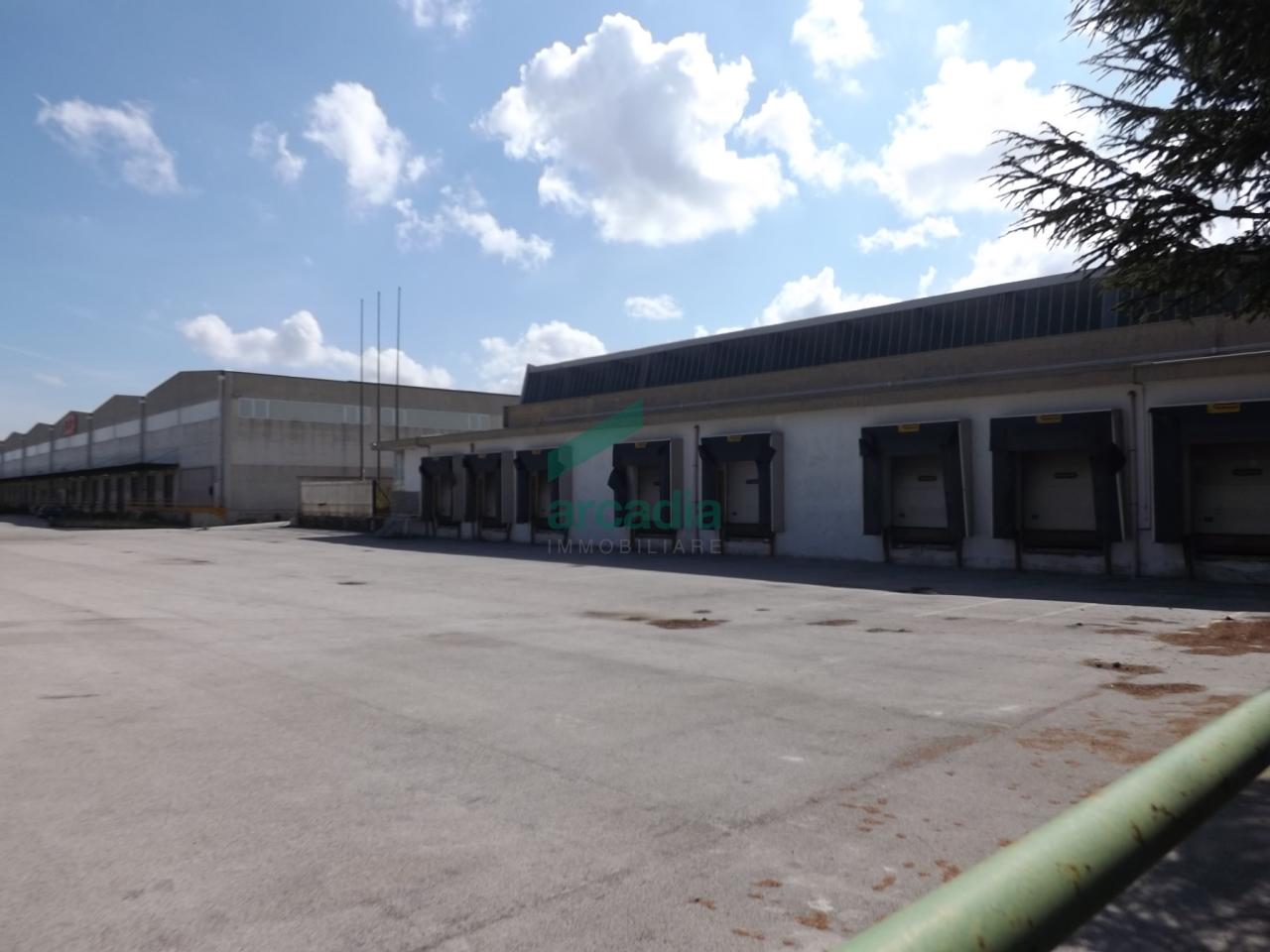 Capannone - Logistica a Zona Industriale, Modugno Rif. 4140406