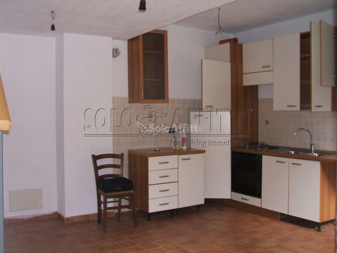 Appartamento in affitto a Mezzanego, 3 locali, prezzo € 300 | PortaleAgenzieImmobiliari.it