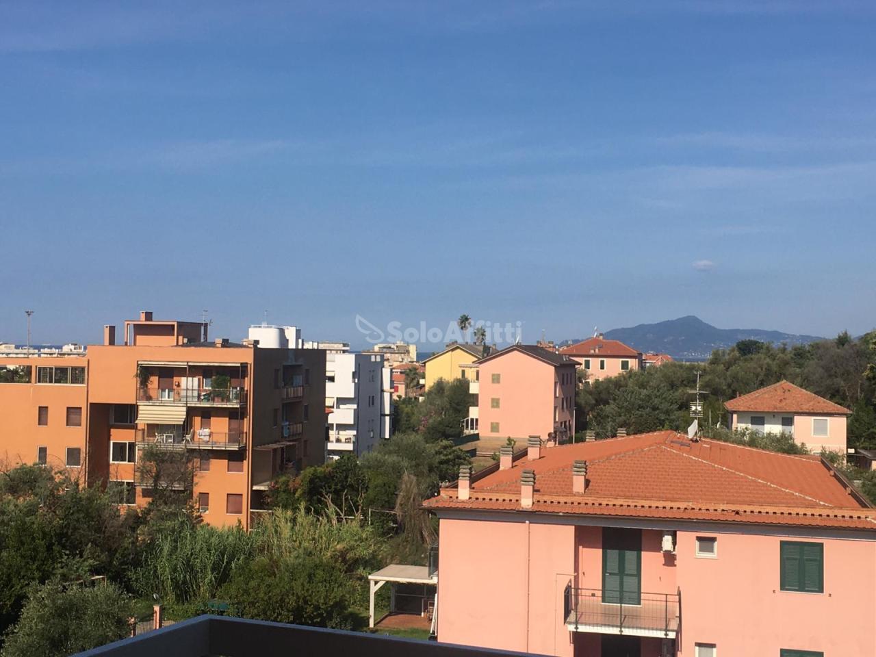 Appartamento in affitto a Sestri Levante, 6 locali, prezzo € 750 | PortaleAgenzieImmobiliari.it