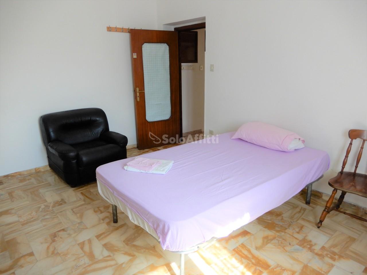 Bilocale in buone condizioni in affitto Rif. 7755729