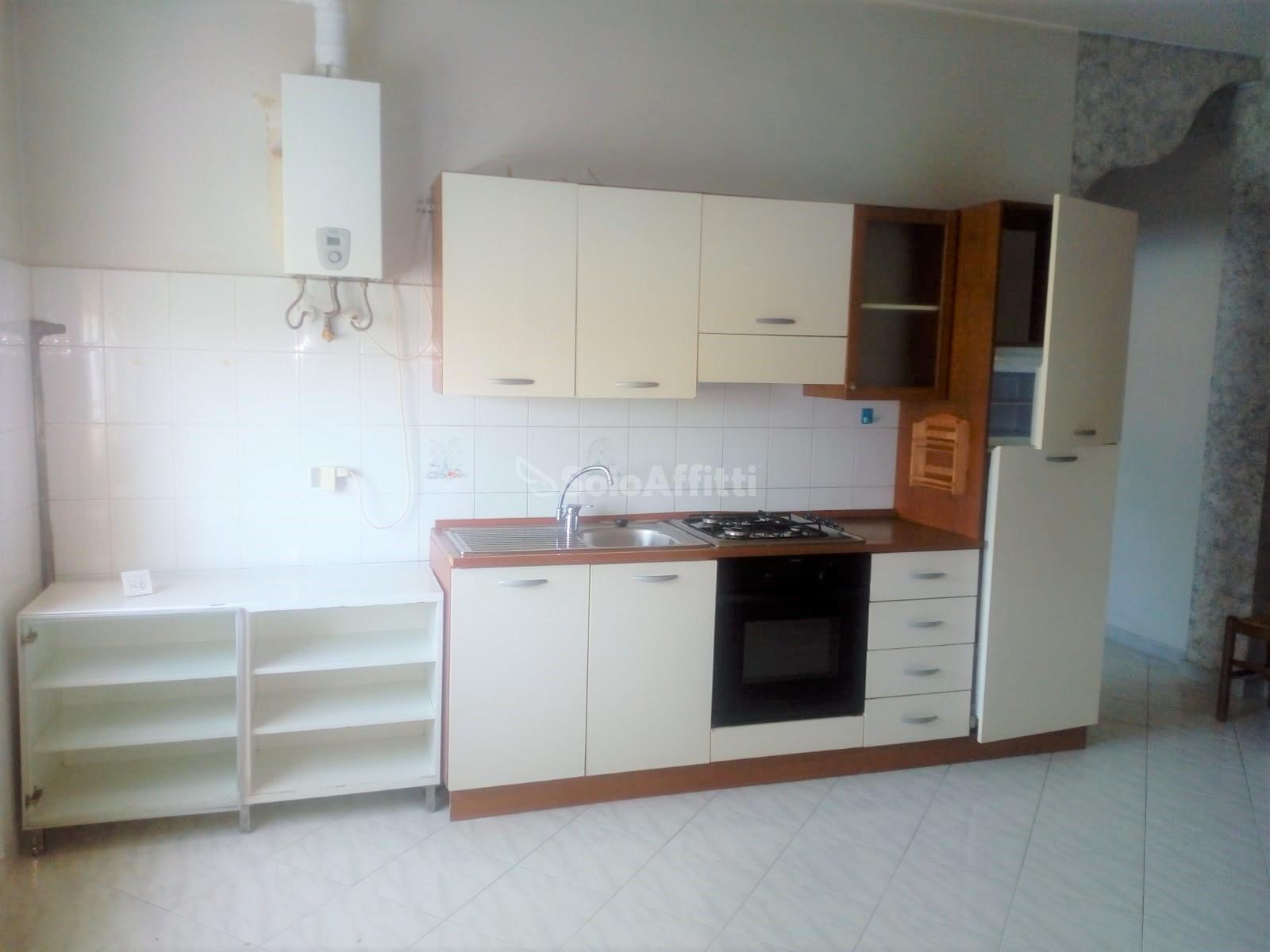 cucina a vista 2.jpg