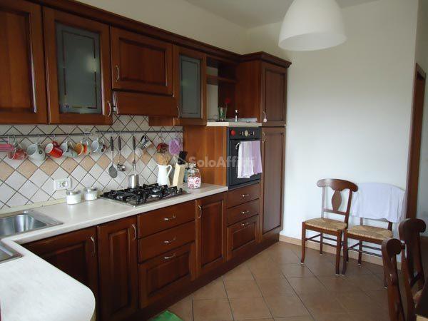 Casa Indipendente in buone condizioni in affitto Rif. 12241112