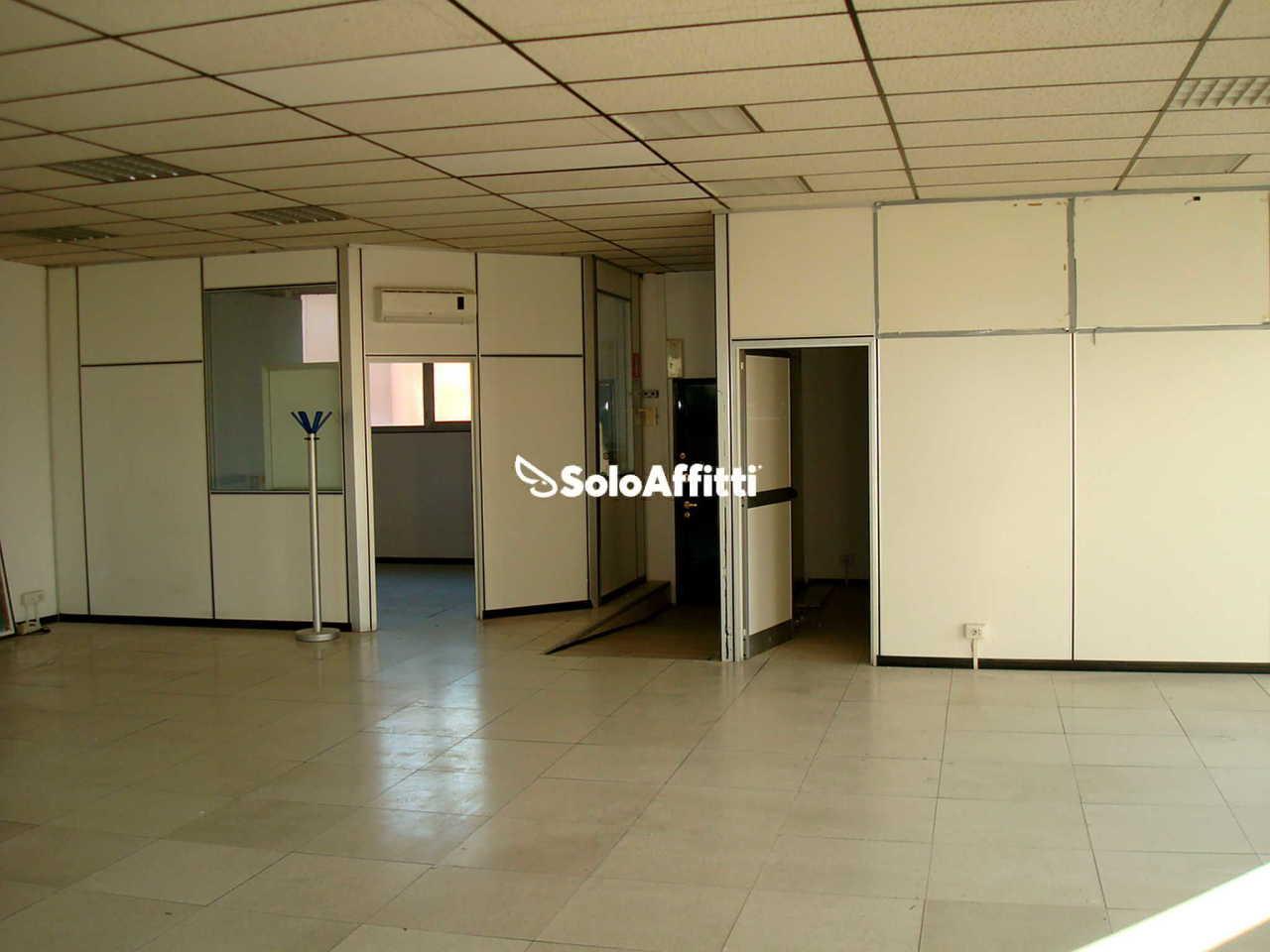 Ufficio - oltre 4 locali a Lodi - Corsica, Milano Rif. 9829592