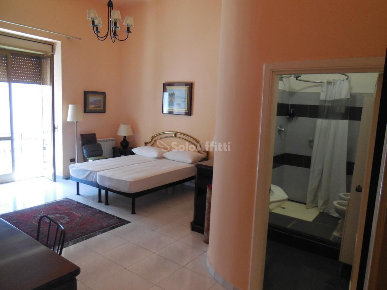 Stanza / posto letto in buone condizioni in affitto Rif. 11245349