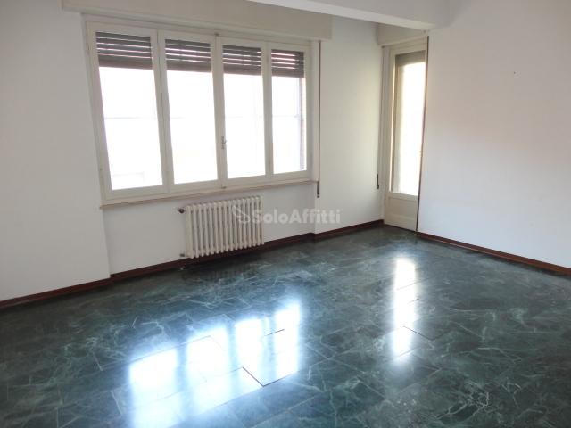 Appartamento - 6 locali a Centro, Pesaro