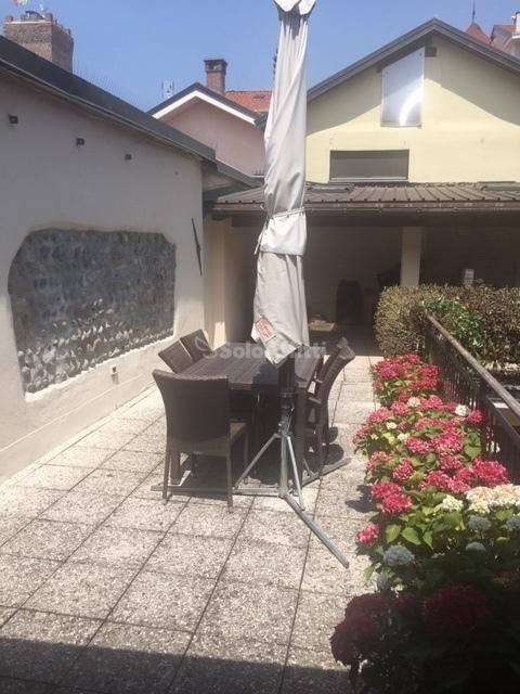Appartamento in ottime condizioni in affitto Rif. 10763735