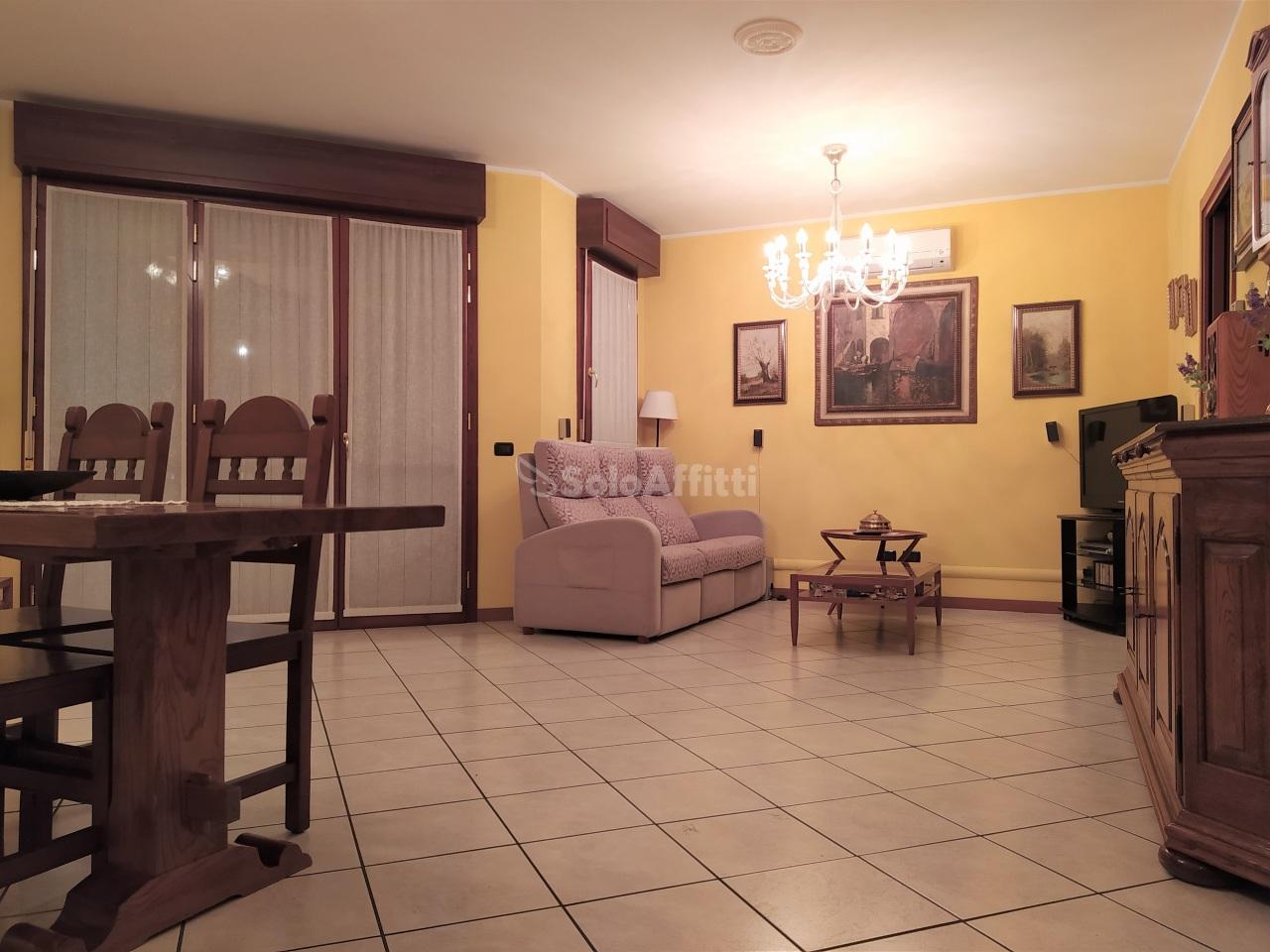 Appartamento in affitto a Vanzago, 3 locali, prezzo € 700   PortaleAgenzieImmobiliari.it