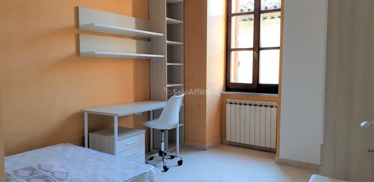 Quadrilocale ristrutturato arredato in affitto Rif. 9268068