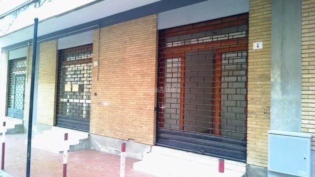 Ufficio - oltre 4 locali a Rione Tescione, Caserta Rif. 11216729