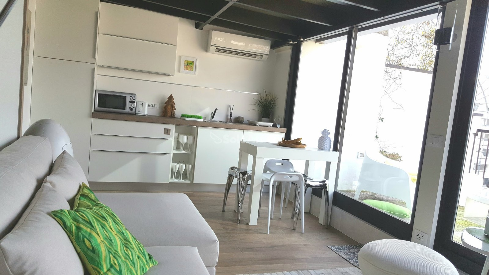affitto appartamento mansarda arredato 30 mq.