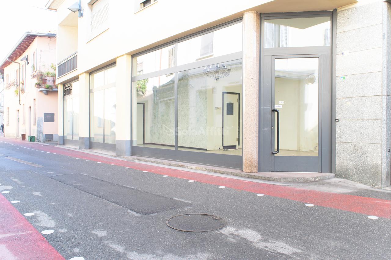 Negozio / Locale in affitto a Mariano Comense, 2 locali, prezzo € 850 | PortaleAgenzieImmobiliari.it