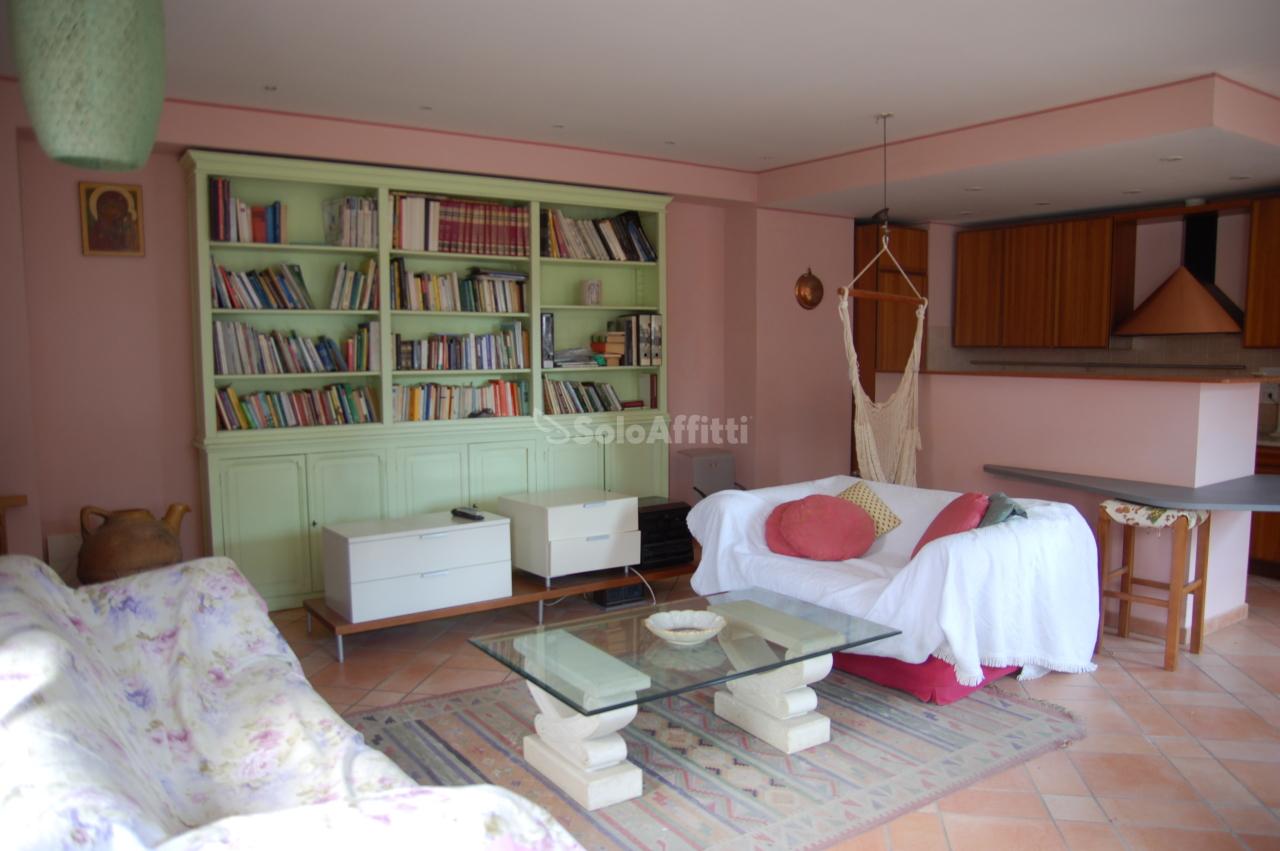 Appartamento in affitto a Marsciano, 3 locali, prezzo € 450   CambioCasa.it