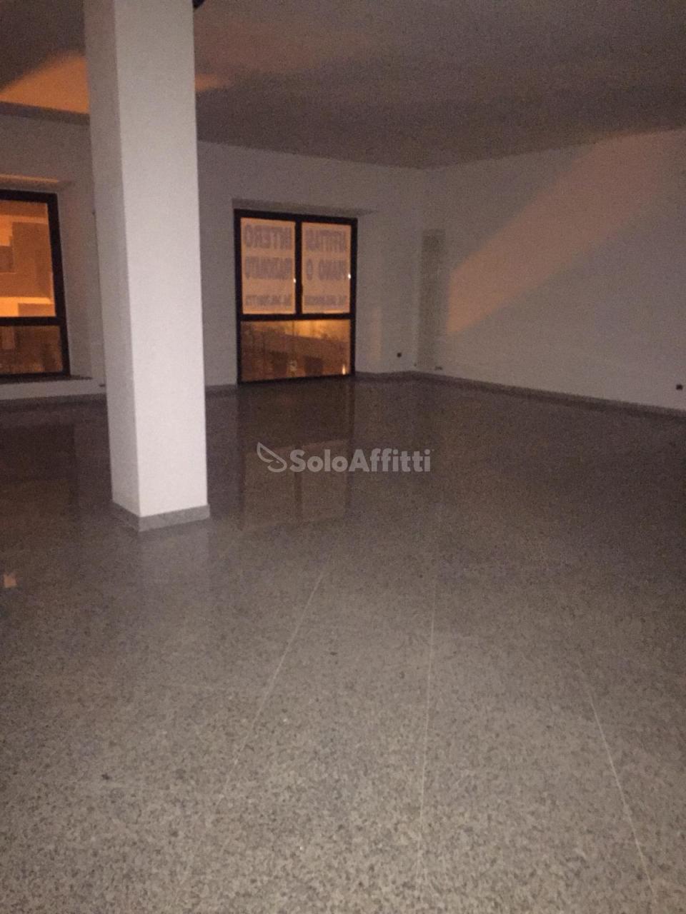 Ufficio - 3 locali a Porta Nuova, Pescara Rif. 9679332