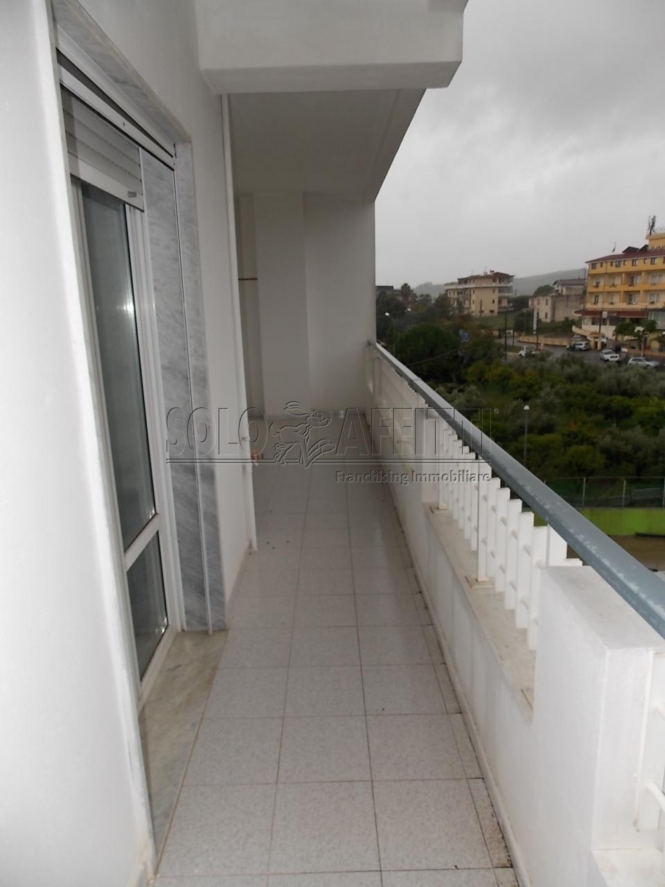 Affitto appartamento bilocale arredato 60 mq for Appartamento arredato affitto villaverla