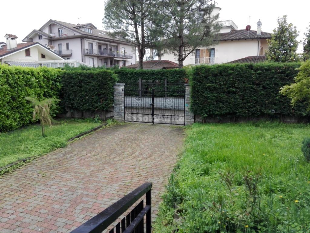 Villa in ottime condizioni in affitto Rif. 10546804