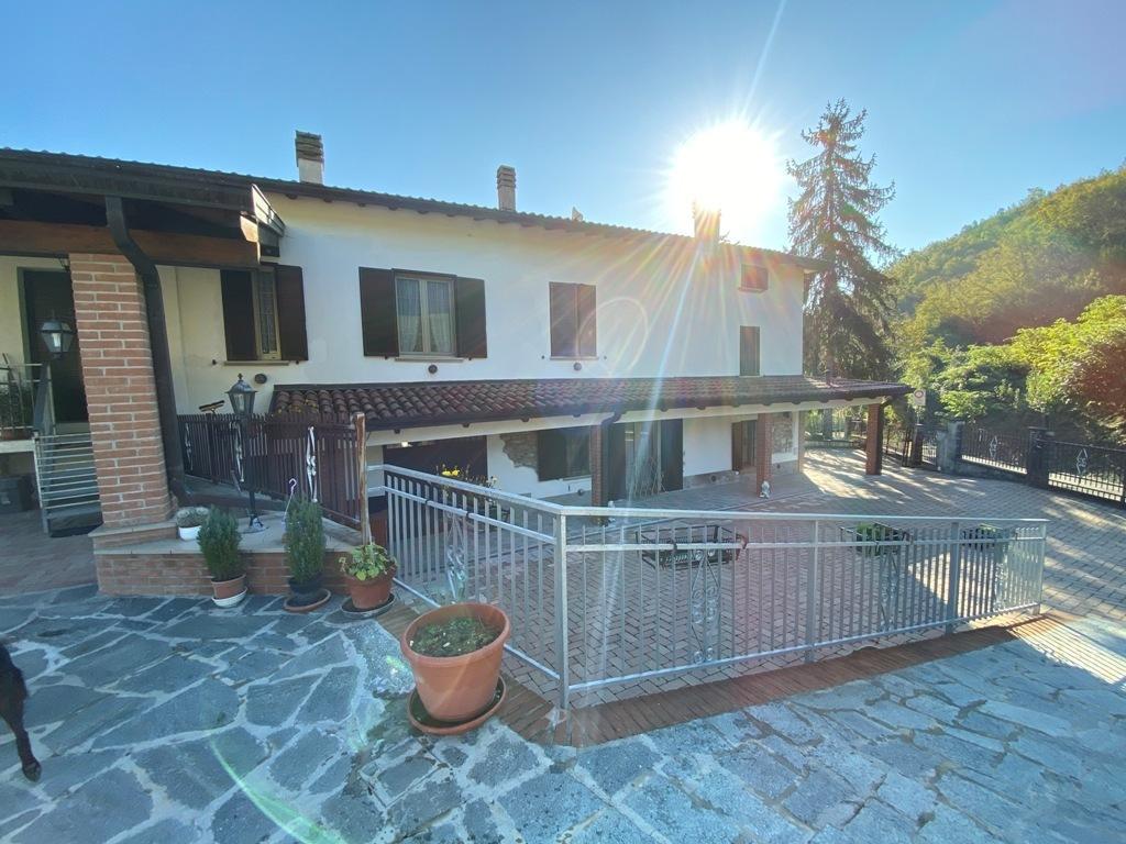 Rustico / Casale in ottime condizioni in vendita Rif. 11316389