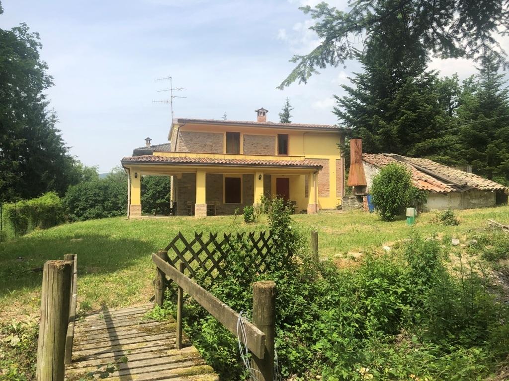 Villa in ottime condizioni arredato in vendita Rif. 10471430