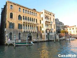 Appartamento in Affitto a Venezia, zona San Polo, 480 m²