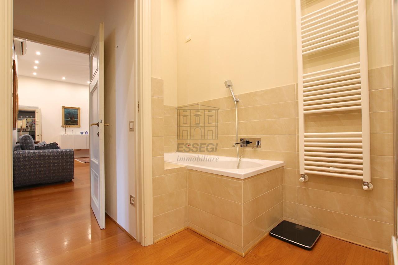 Appartamento Lucca Centro storico IA03474 img 28