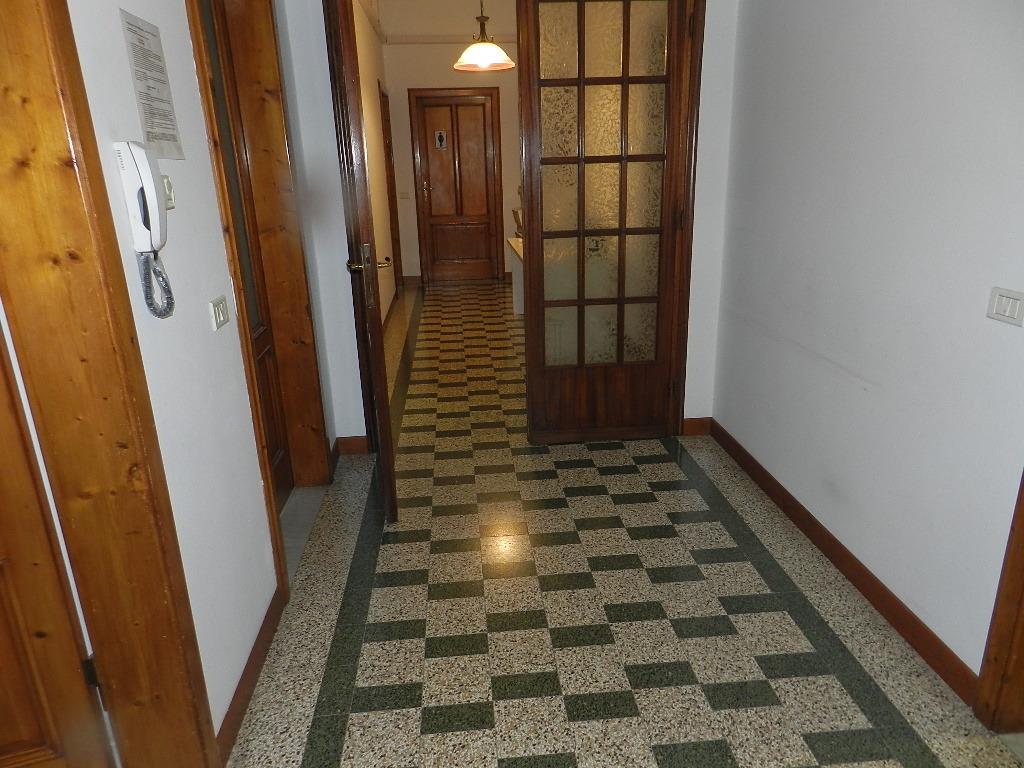Villa divisa in due unità Lucca S. Cassiano a Vico IA03233 img 8