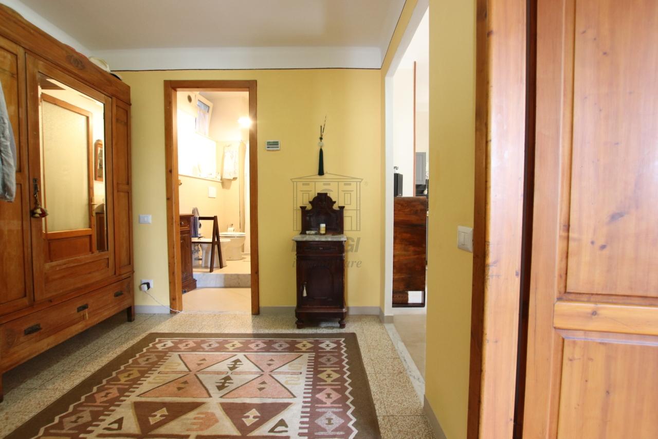 Appartamento Lucca Centro storico IA03542 img 2