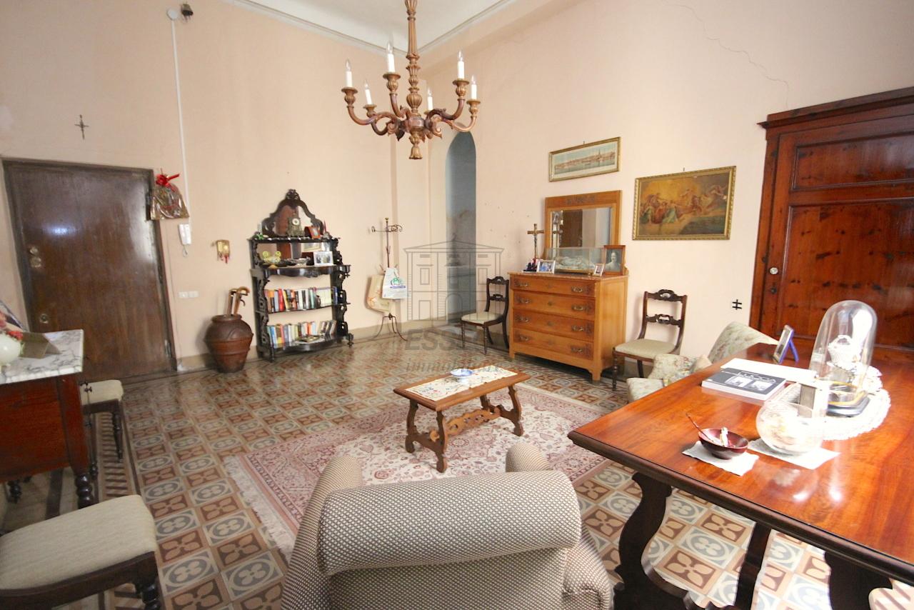 Appartamento Lucca Centro storico IA03446 img 3