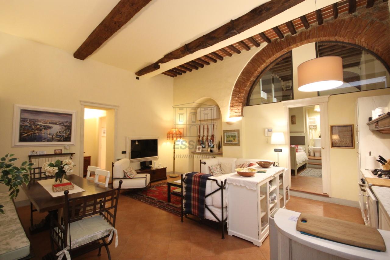 Appartamento Lucca Centro storico IA01292 img 6