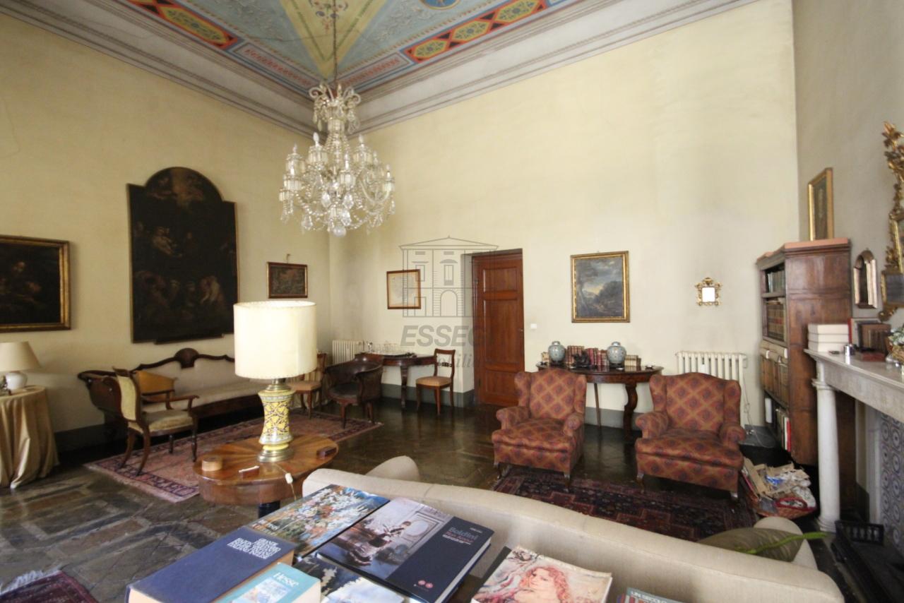 Appartamento Lucca Centro storico IA03325 img 5