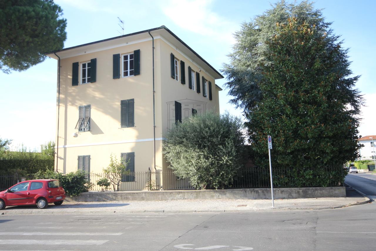 IA01579 Lucca