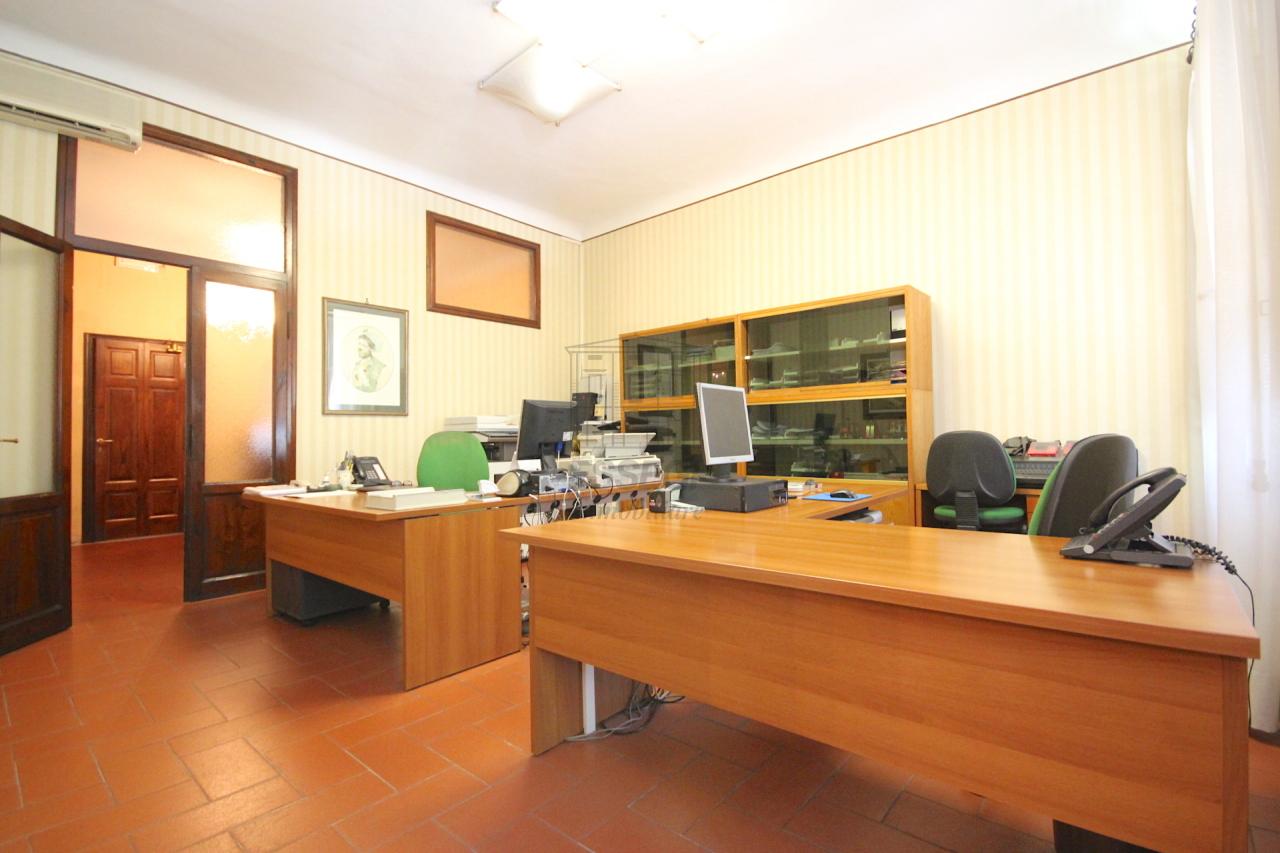 Appartamento Lucca Centro storico IA01577-bis img 3