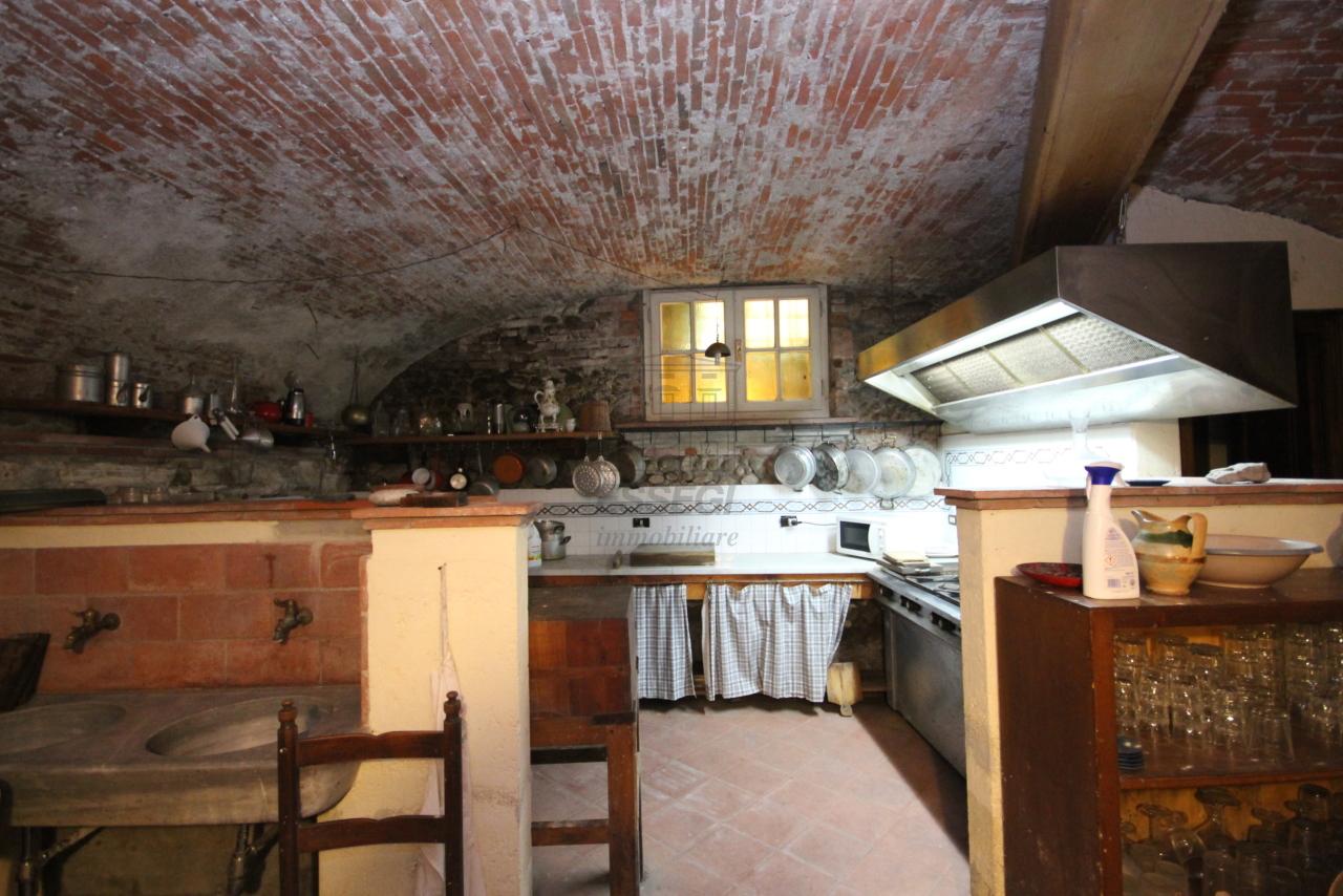 Appartamento Lucca Centro storico IA00538 img 17