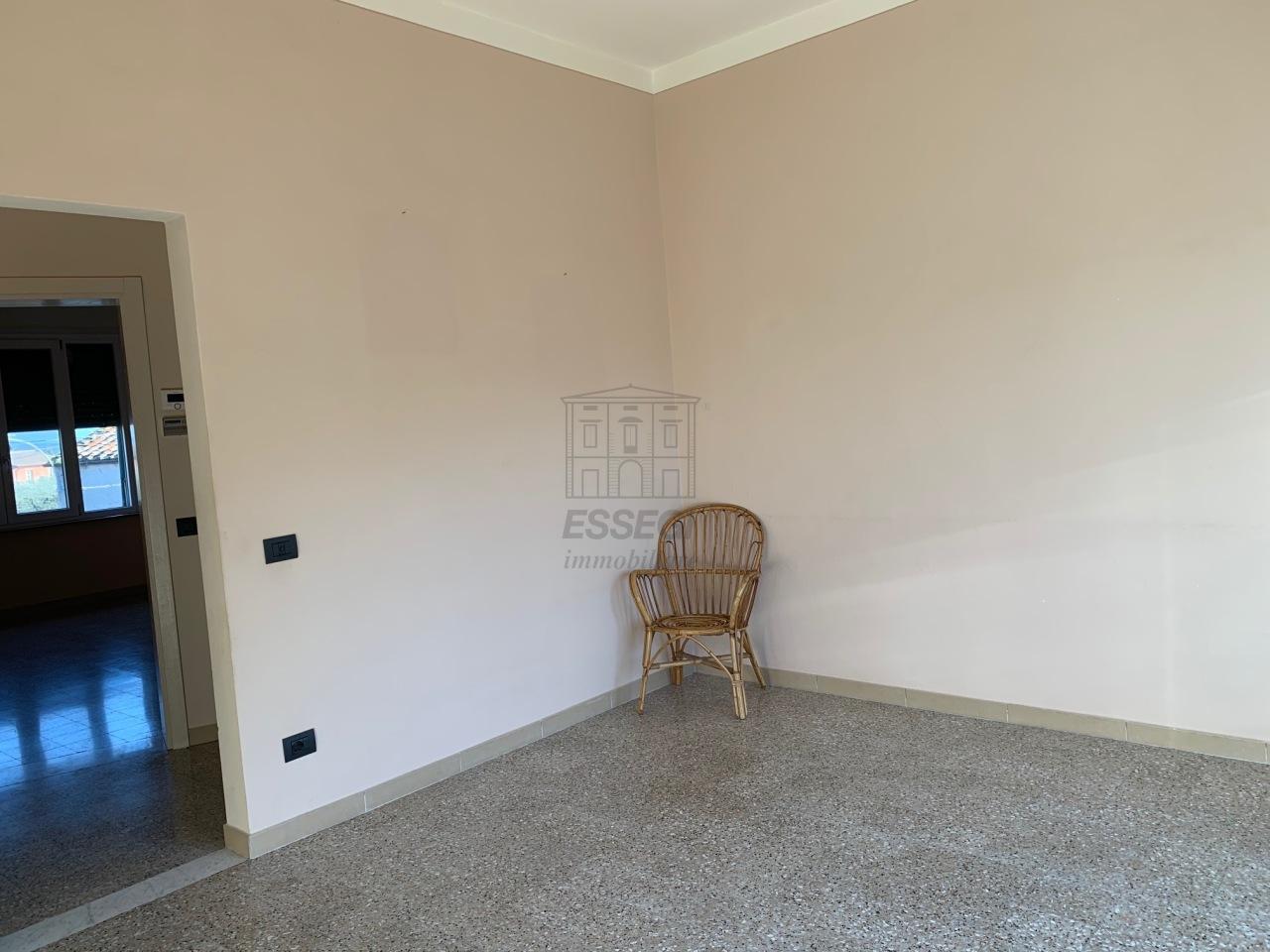 Appartamento Capannori Pieve Di Compito IA00340 img 2
